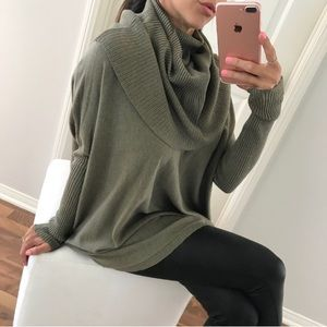 Sweaters - Cozy Cowl Neck Turtleneck Sweater in Olive